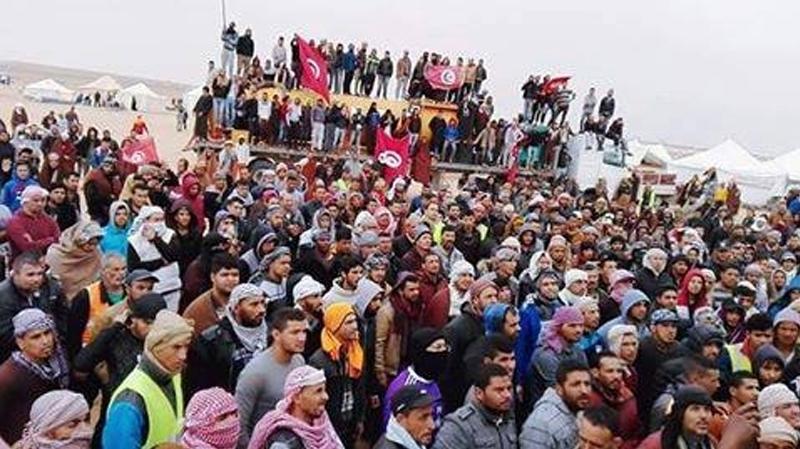 manifestants à El Kamour