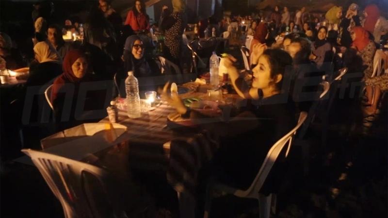 Monastir: rupture collective du jeûne sur la plage de Karaaya ( Vidéo) Monastir_rupture_collective_du_jeune_sur_la_plage_de_garaaya_1497190943