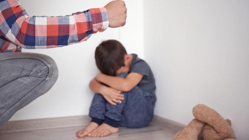Nabeul: un père en garde à vue après avoir agressé son fils