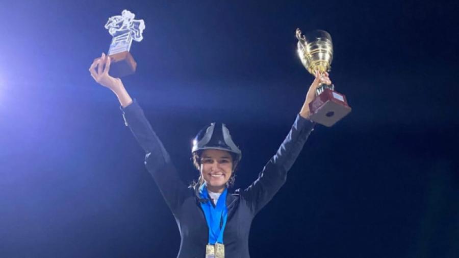 Nejma Arfa sacrée championne de Tunisie du saut d'obstacles