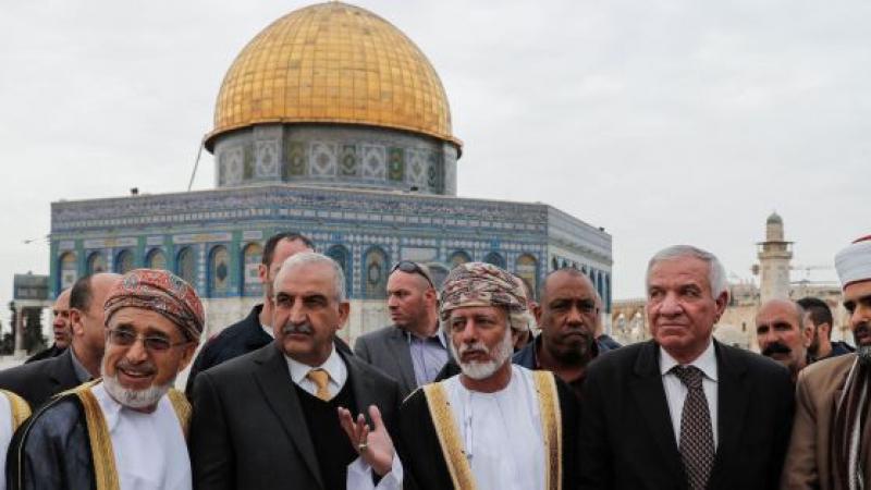 Oman, Palestine