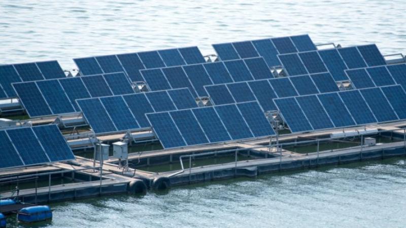 parc photovoltaïque flottant
