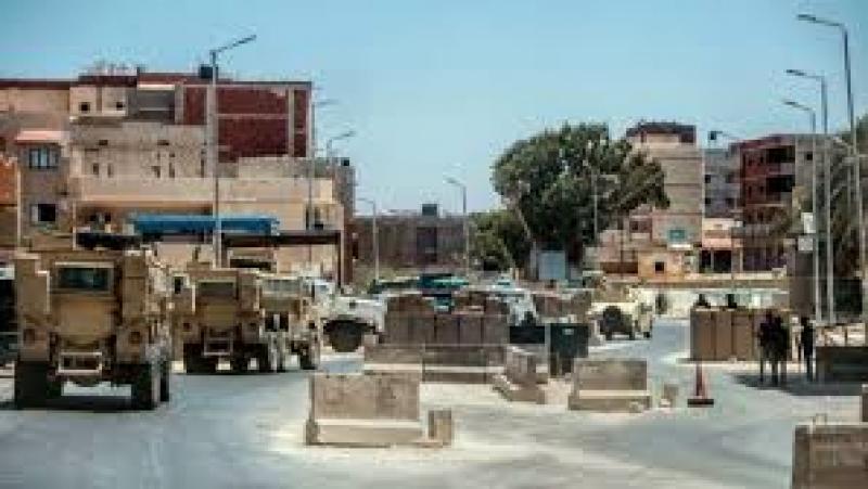 police égyptienne patrouille