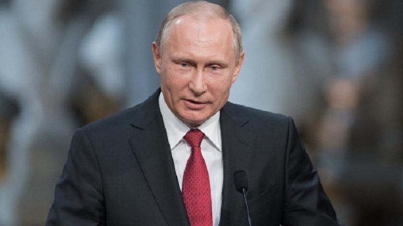 Poutine vante les armes 'invincibles' de la Russie face aux USA