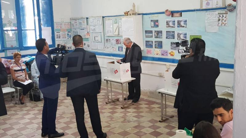 Présidentielle : Mohamed Ennaceur vote