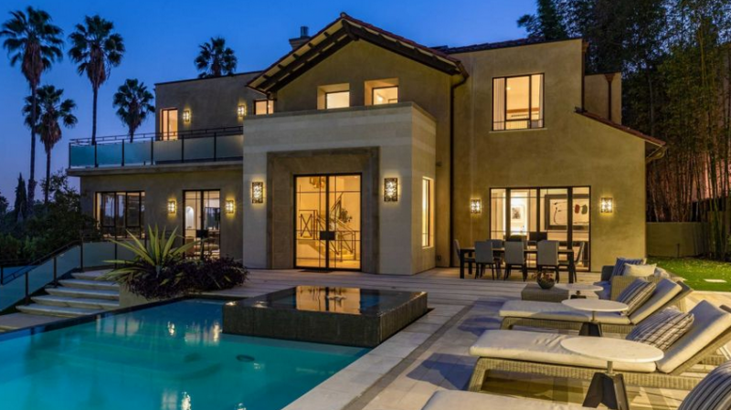 Rihanna met en vente sa maison pour 7.4 millions $