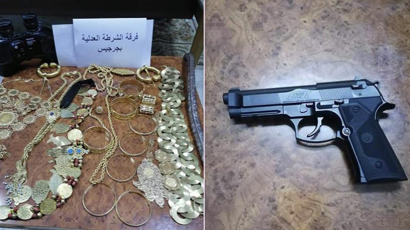 Saisie d'un pistolet et des bijoux d'une valeur de 100 mille dinars