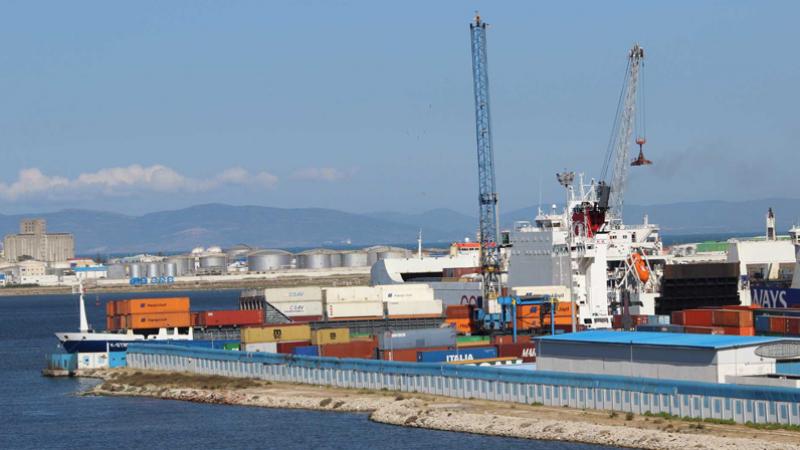Saisie de matériels de surveillance discrète au Port de Radès