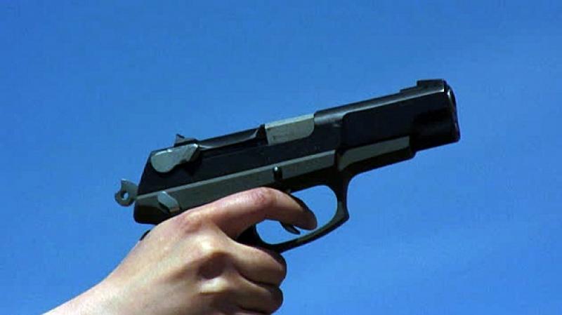 Sotacib: Un gardien brandit une arme face aux ouvriers