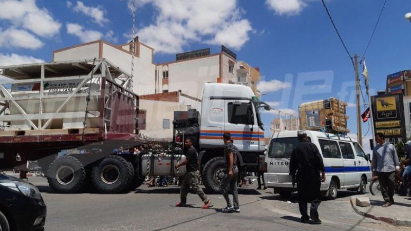 Tataouine : De jeunes protestataires bloquent la route
