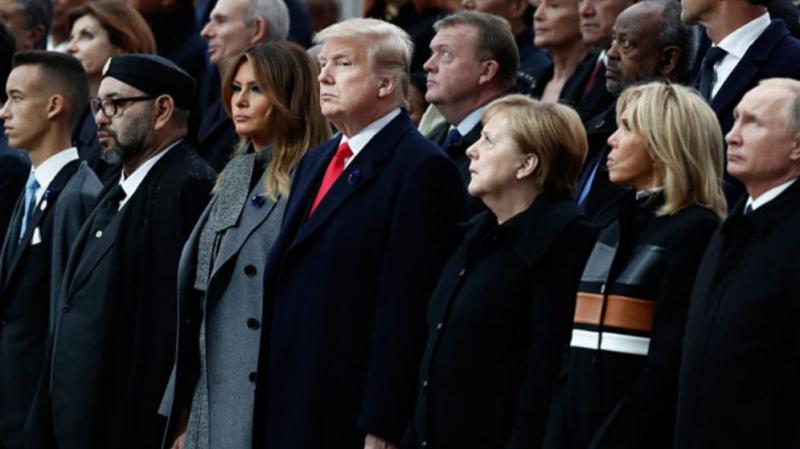 Trump dévisage Mohamed VI qui dort en plein discours de Macron