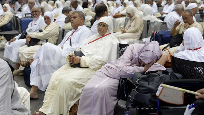 Tunis-Carthage : des pèlerins se plaignent du retard de leur vol