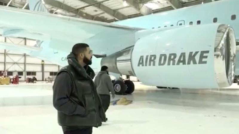 Un tour dans le Jet privé de Drake