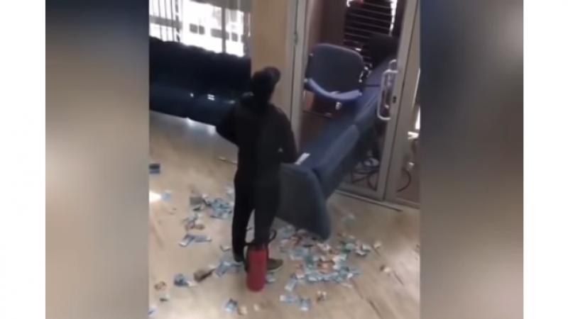 Un violent braquage d'une banque au Maroc filmé