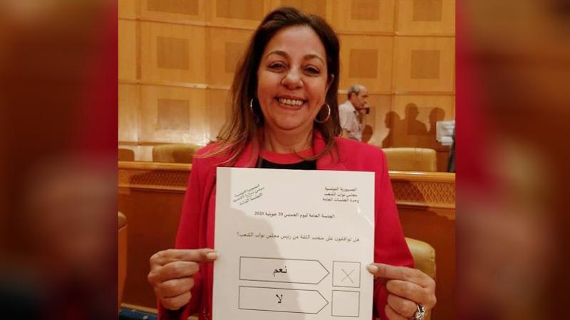 Une députée de Qalb Tounes démissionne à cause de Ghannouchi