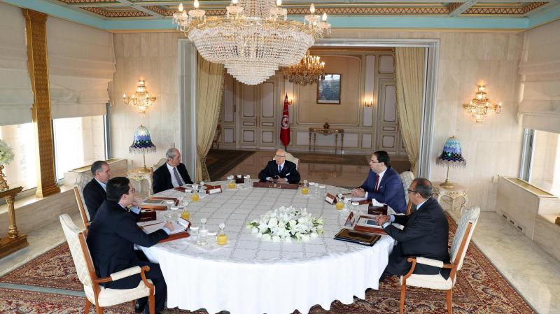 Une réunion  entre les trois présidences, l'UGTT et l'UTICA