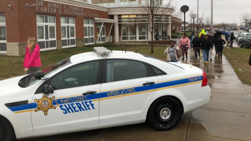 Fusillade au Maryland : deux lycéens blessés, mort du tireur