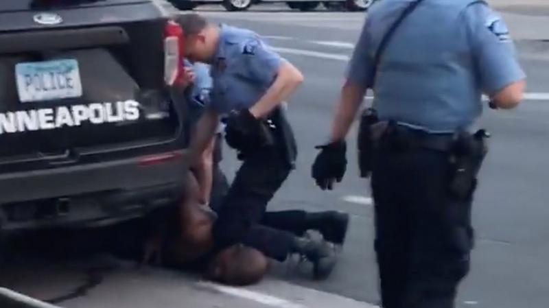 USA: La mort de Floyd requalifiée en meurtre
