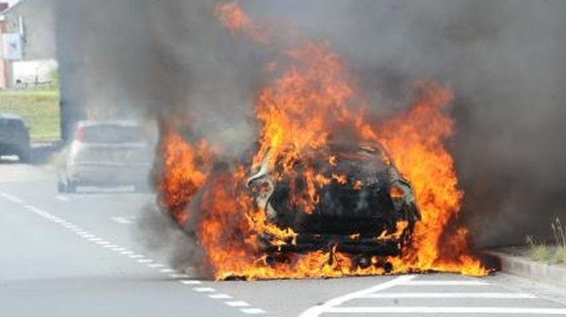 voiture-incendiée