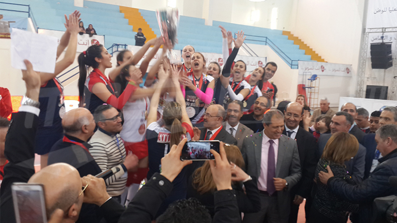 Volleyball : le Club féminin de Carthage remporte la Super Coupe