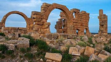 آثار القصرين