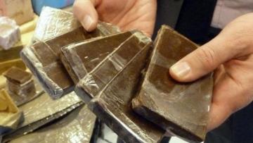 بوحجلة:إلقاء على مروج المخدرات وحجز كمية من الزطلة