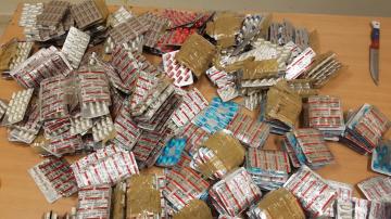 مطار قرطاج:إحباط عمليات تهريب نوعية لمخدرات وأدوية وعملة أجنبية