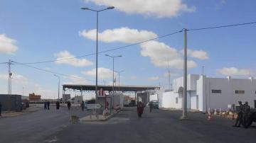 وزير خارجية حكومة الوفاق الليبية يتفقد معبر وازن