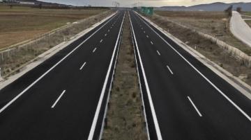 الحكومة الجزائرية تستعجل استكمال الطريق السيارة للحدود التونسية
