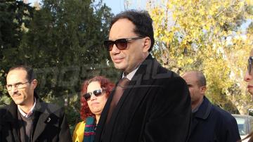 وزير الثقافة يفقد الوعي خلال موكب إحياء معركة الجلاء