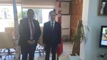 فتح خط جوي بين تونس وبيكين محور لقاء مدير الخطوط التونسية بسفير الصين