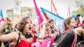 نساء سويسرا يطالبن بالمساواة في الأجور