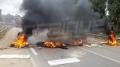 غلق طريق بوحجلة-صفاقس وحرق العجلات المطاطية