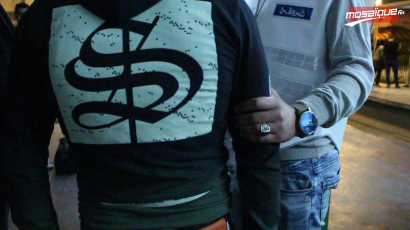 بعد حادثة المترو: حملة أمنية في وسائل النقل العمومي