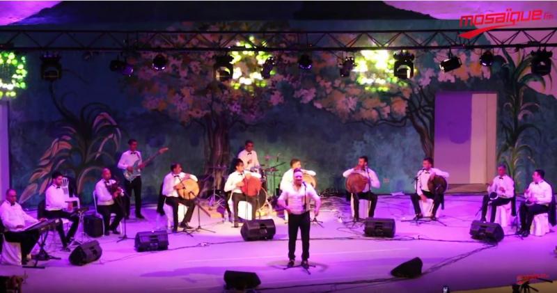 Le spectacle de Walid Tounsi au festival de Boukornine