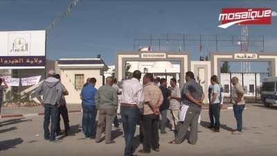 القيروان:سواق التاكسي يحتجون وبالرخص يطالبون