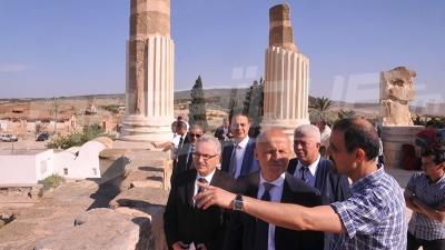 سفير فرنسا ووالي بن عروس يزوران الموقع الأثري اوذنة