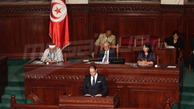 رئيس الحكومة في جلسة حوار بالبرلمان