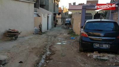Bizerte: les habitants de Bir El Hsay bloquent la route pour contester contre l'absence d'assainissement