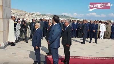 Les trois présidents assistent à la commémoration de la 54e fête de l'évacuation