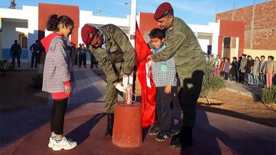 بمشاركة عناصر من الجيش : دقيقة صمت بمدرسة الهداية بتطاوين ترحما على روح  الشهيد بن بلقاسم