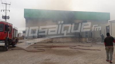قبلي: حريق يأتي على 100 طن من التمور
