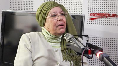 """Le chanteur de """" Hia Ettih w ena nttalaaha"""" a promis à Aziza Bou Labiar de supprimer le clip"""