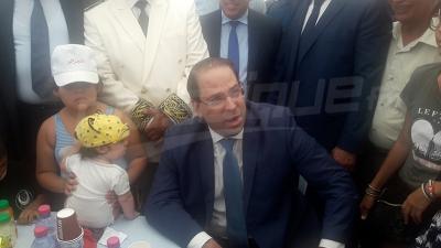 يوسف الشاهد مرحبا بالجزائريين في تونس: كان ما لقيتوش بلاصة كلموني