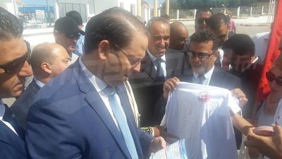 رئيس الحكومة يزور معبر ببوش في جندوبة