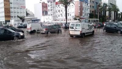 Intempéries: circulation bloquée avec les premières gouttes de pluie
