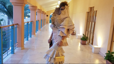 إيمان الشريف تكشف سبب إرتدائها الفستان الغريب في مهرجان ''الجونة''