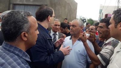 Chahed inspecte les zones sinistrées à Nabeul et écoute les plaintes des citoyens