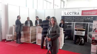 Saïda Lounissi inaugure le premier salon de l'emploi dans le secteur du textile et de l'habillement