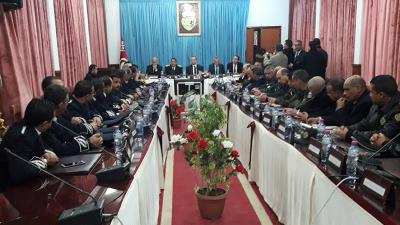 وزير الداخلية يعلن اقتناء مدرعات لحماية الشريط الحدودي